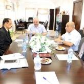 رئيس غرفة تجارة و صناعة محافظة بيت لحم و السفير السريلانكي يبحثان سبل تعزيز التبادل التجاري