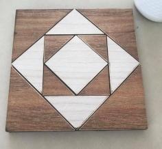 مجموعة من القطع الخشبية الواقية للاسطح