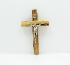 صليب كاثوليك مع المصلوب