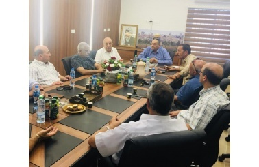 Bethlehem Chamber of Commerce and Industry and the Palestinian Contractors Union in Bethlehem  discuss ways of joint cooperation