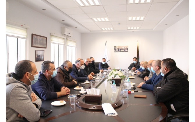 The National Action Factions in Beit Jala honor Bethlehem Chamber of Commerce and Industry for its achievements in Confronting the Coronavirus outbreak