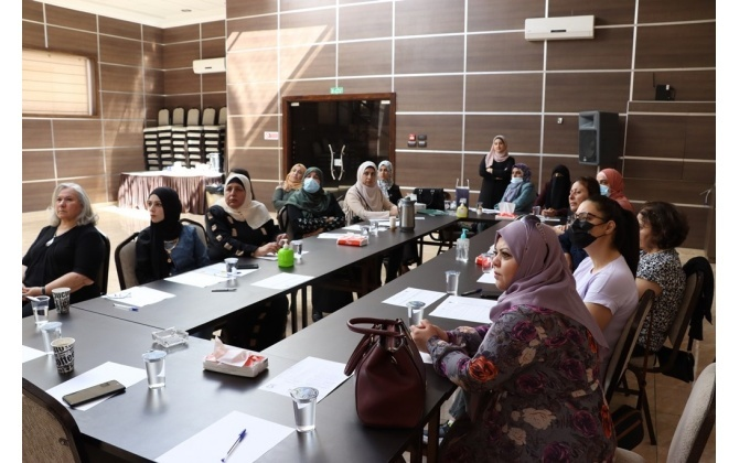 غرفة تجارة وصناعة محافظة بيت لحم و مؤسسة المواصفات و المقاييس تنظمان ورشة تدريبية
